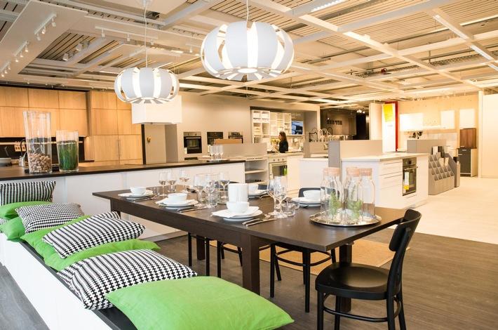 click collect ikea will mit neuen abholstationen punkten e commerce f r. Black Bedroom Furniture Sets. Home Design Ideas
